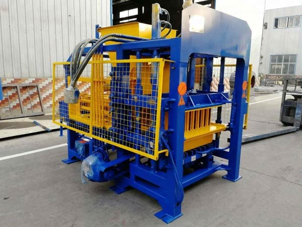 ABM-4SE Concrete Bricks Machine
