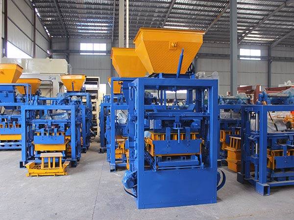 QT4-25 Fly Ash Blocks Machines