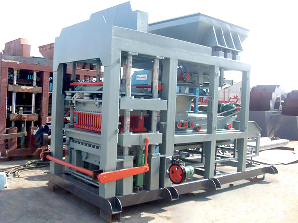 QT8-15 Cement Blocks Making Machine